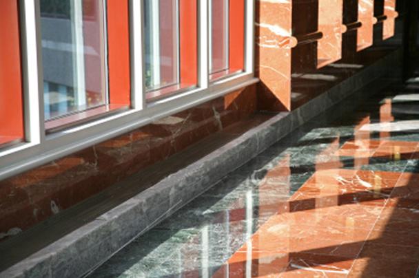 Come pulire pavimenti in marmo: consigli pulizia marmo, prezzi pulizia marmo